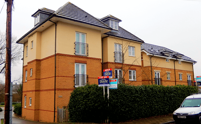 Apartment building near Hertford